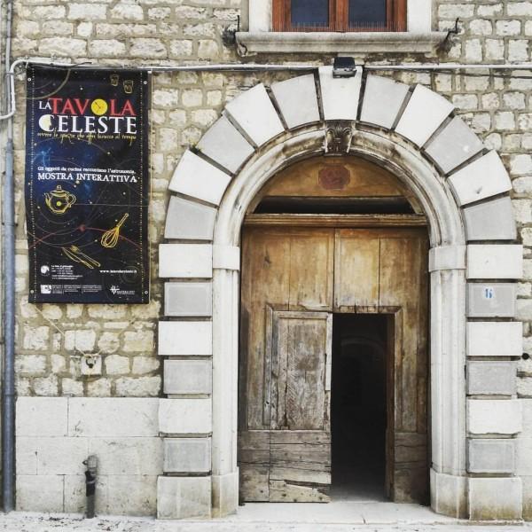 Tavola a Palazzo Chiarulli Molise